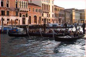Difference Between Gondola And Boat by 1998 Italia Venezia Venice Gondola