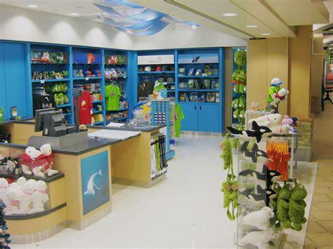 vancouver aquarium gift shop