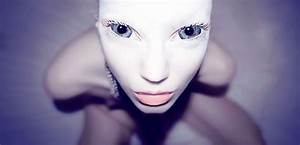 Human Alien Hybrids Walk Among Us - Alien Invasion