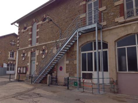 chambre d hote cyr au mont d or 100 escalier acier avec palier escalier à limon
