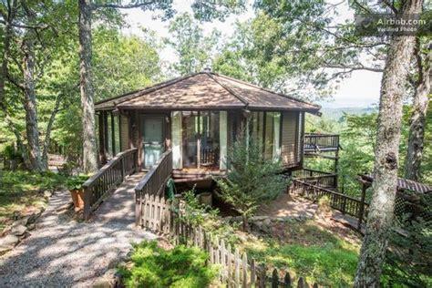 Wooden Yurt Octagon Cabin With Big Windows & Mountain