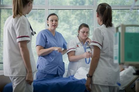 skills culturally competent nurse acquire