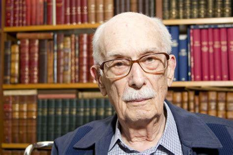 Foi-se um dos grandes: crítico literário Antonio Candido ...