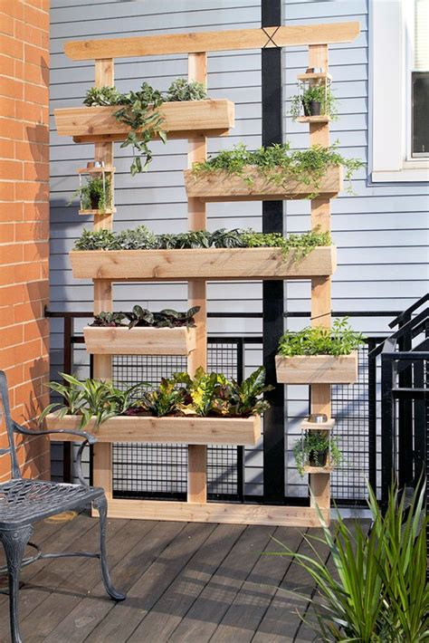 Diy Vertical Wall Garden by The Best Diy Vertical Gardens For Small Spaces