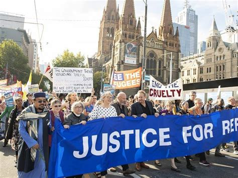 Thousands rally to support refugees | Goulburn Post ...