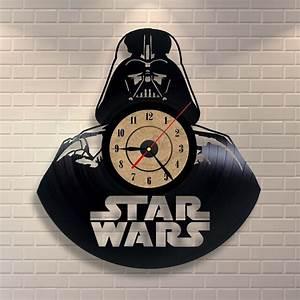 Star Wars Wanduhr : darth vader als wanduhr hergestellt aus einer schallplatte vinyl record clock star wars ~ Frokenaadalensverden.com Haus und Dekorationen