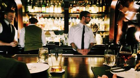 Top Drinks To Order At A Bar - how to order drinks at the bar without embarrassing