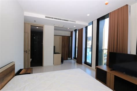 and noble rental condo for and rent noble ploenchit 2 bedrooms 2