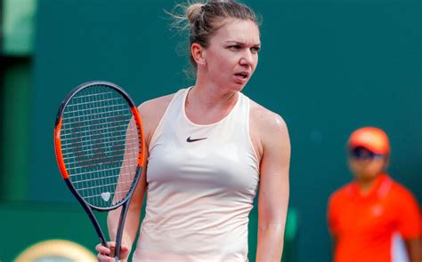 Yanina Wickmayer vs Simona Halep Quarter Final - Moorilla Hobart International 2012 - YouTube