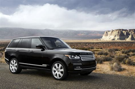 2018 Land Rover Range Rover Reviews And Rating Motor Trend