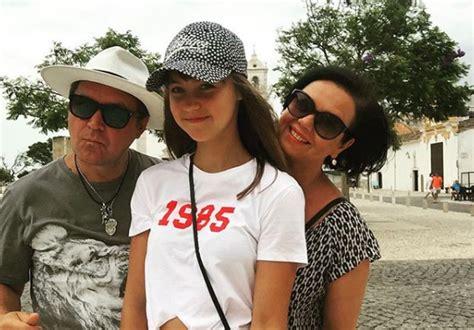 Guntara Rača un sievas Sintijas meita Odrija izaugusi par glītu jaunkundzi | Kokteilis.lv