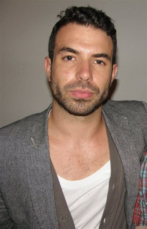tom cullen workout tom cullen age weight height measurements celebrity sizes
