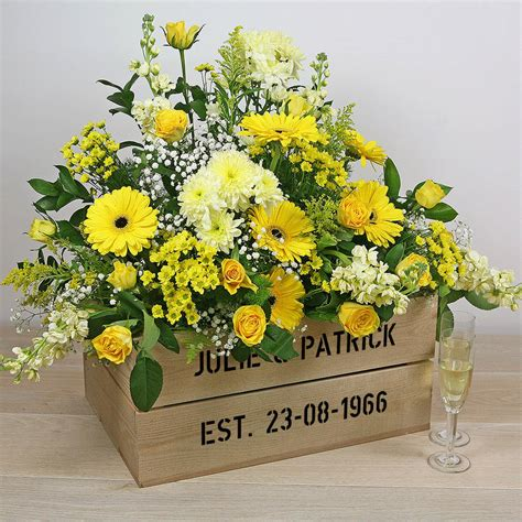 personalised crate golden wedding anniversary