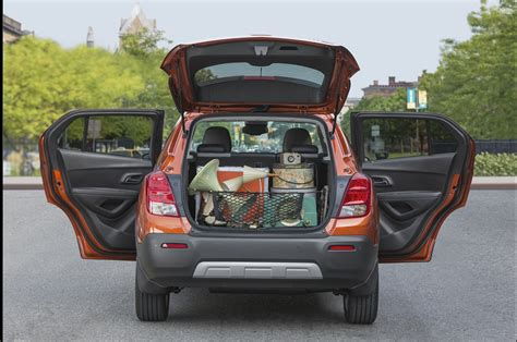 nissan juke interior trunk 2015 trax info specs price pictures wiki gm authority