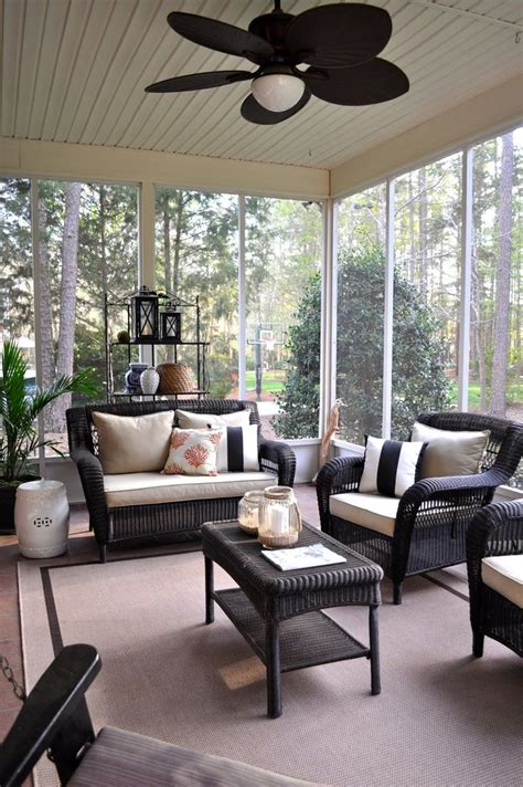 Sun Room Tanning by 25 Best Ideas About Painting Wicker Furniture On