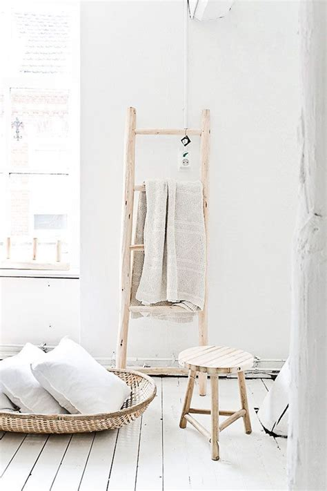 ikea badkamer ladder handdoeken ophangen gebruik een ladder woonmooi