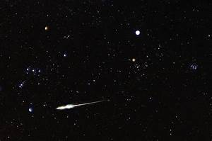 17 Best ideas about Meteor Shower on Pinterest | Cosmos ...