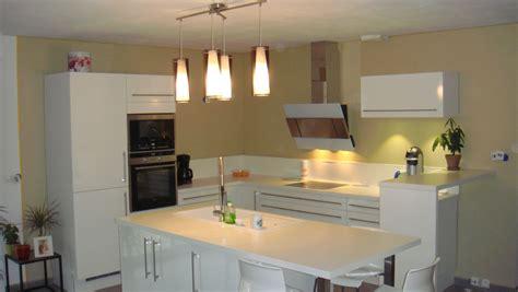 peinture mur cuisine tendance cuisine indogate cuisine peinture mur couleur