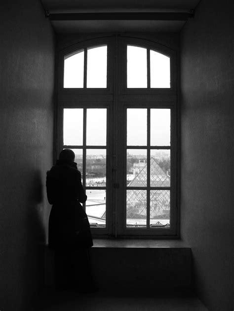 gambar cahaya hitam  putih rumah jendela bayangan