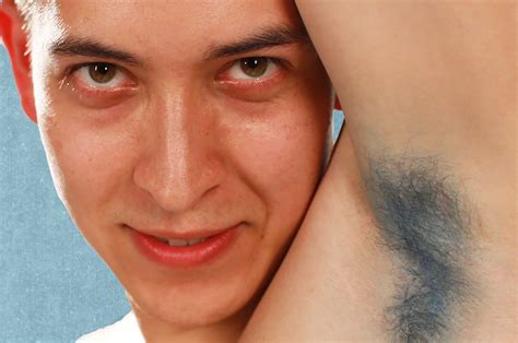 People Dye Their Armpit Hair For The First Time