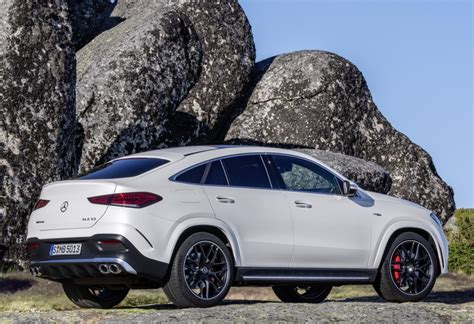 From the outside, the heavily contoured power dome design hints at the immense power delivery. Mercedes-AMG GLE 53 4MATIC+ Coupe specs & photos - 2019, 2020 - autoevolution