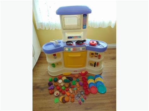 cuisine tikes play family kitchen tikes loaded with food dishes