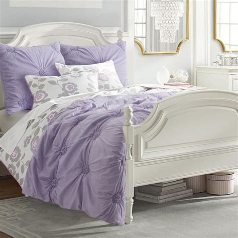 Bedroom Ideas With Gray Quilt
