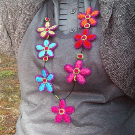 fiori di cotone all uncinetto collane fatte a mano all uncinetto gioielli e
