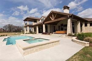 hill country home gets a gorgeous rustic