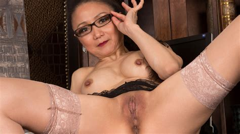 Anilos Com Freshest Mature Women On The Net Featuring Anilos Kim V Sexy Old Lady