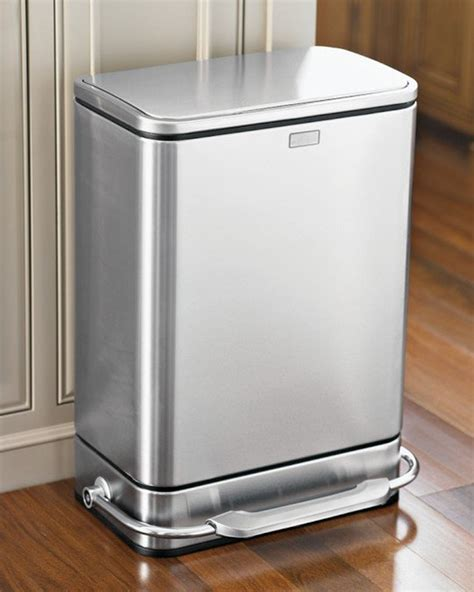 best kitchen trash can top ten best kitchen trash cans apartment therapy
