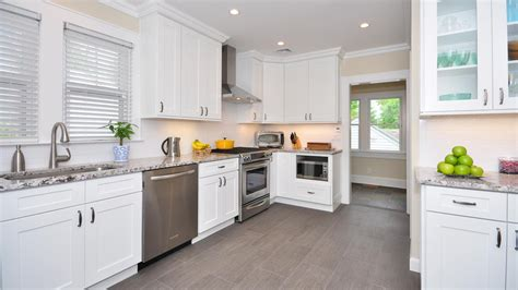 kitchen cabinet collections white shaker forevermark cabinetry 2416