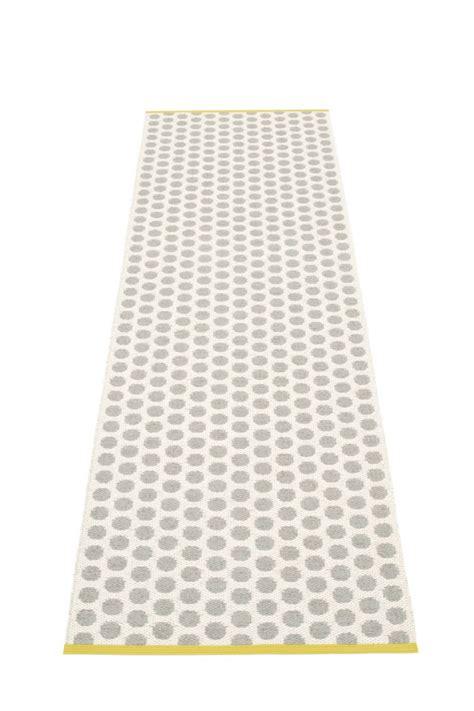 pappelina le tapis suedois chic en plastique la