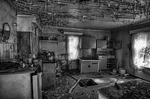 Abandoned house HDR workshop by robkit on DeviantArt