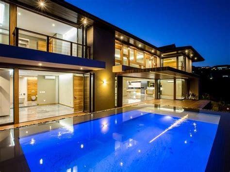 bedroom house  sale  zimbali coastal resort
