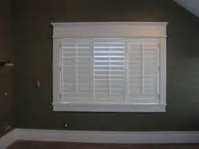 Smart Placement Craftsman Style Window Ideas by Placement Of Curtain Rod With Craftsman Trim