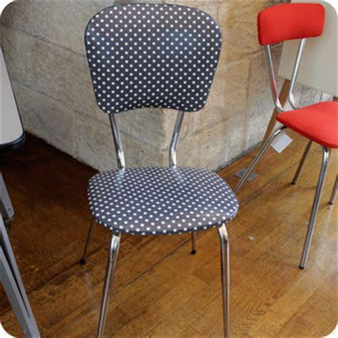 chaise de cuisine pivotante meubles vintage gt chaises fauteuils fabuleuse factory