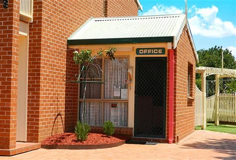 roseville apartments with garages contact us for accommodation in tamworth