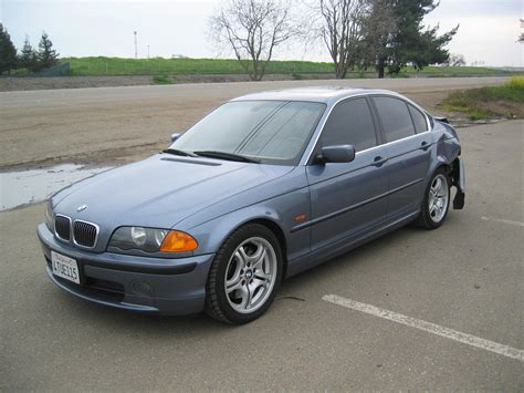 Review Photo And Video Review Of Bmw 325 2005