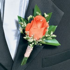 classic boutonniere and corsage wedding package