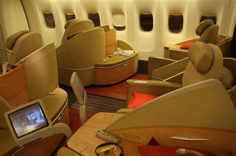 This Plane Is A Luxurious Come True by L Avis De Air New Zealand Boeing B777 200 De Paquito Ucla