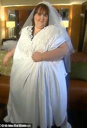 wedding dresses for larger brides 800lb susanne eman finds again after being jilted by