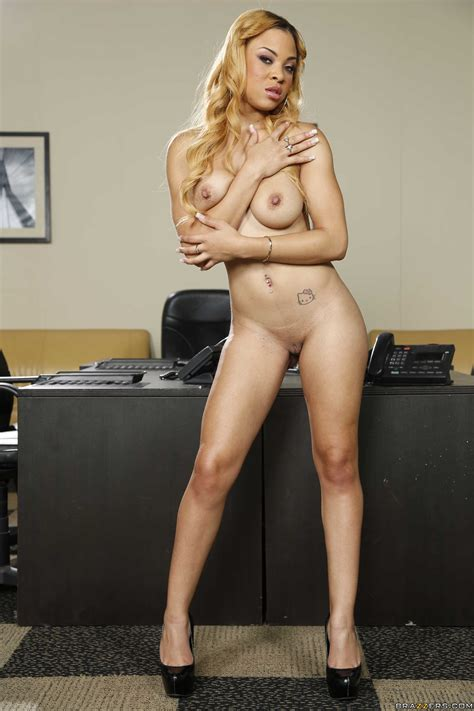 Blonde Ebony Getting Naked In The Office Photos Diamond