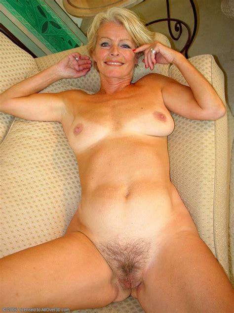 All MILFs » Mature Women » Justine