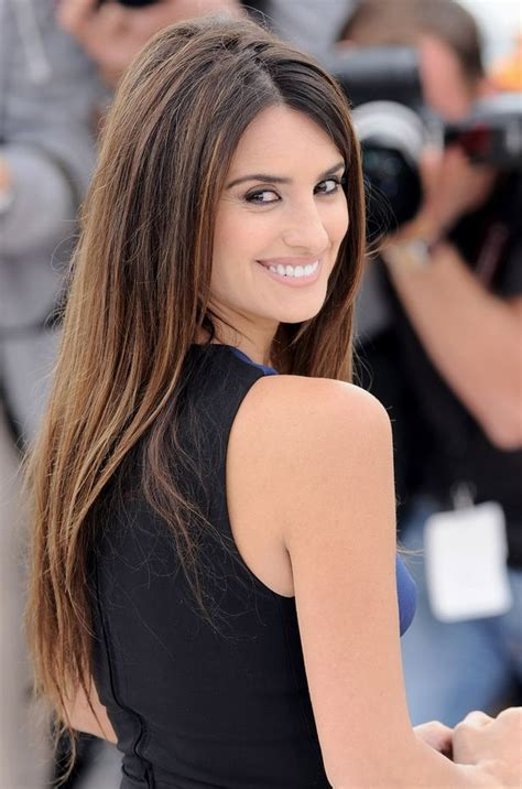 Penelope Cruz Biography, Biodata, Wiki, Age, Height ...