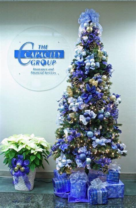 creative flower shops   latest christmas floral