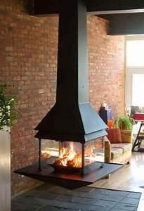 Cheminée Contemporaine Foyer Fermé : cheminee suspendue foyer ferme ~ Melissatoandfro.com Idées de Décoration