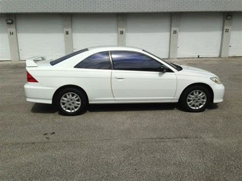 Purchase Used 2004 Honda Civic Lx Coupe 2-door 1.7l In