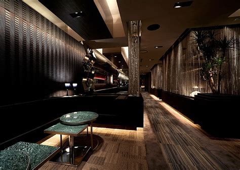 INAX Tiling in a Bar   Interior Design Ideas.