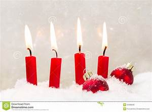Four Red Candles For Christmas - Classic Red And White ...
